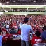 Braços ao alto: Nenhum direito a menos juventude Trotsky e sua mensagem à juventude de hoje Nenhum direito a menos